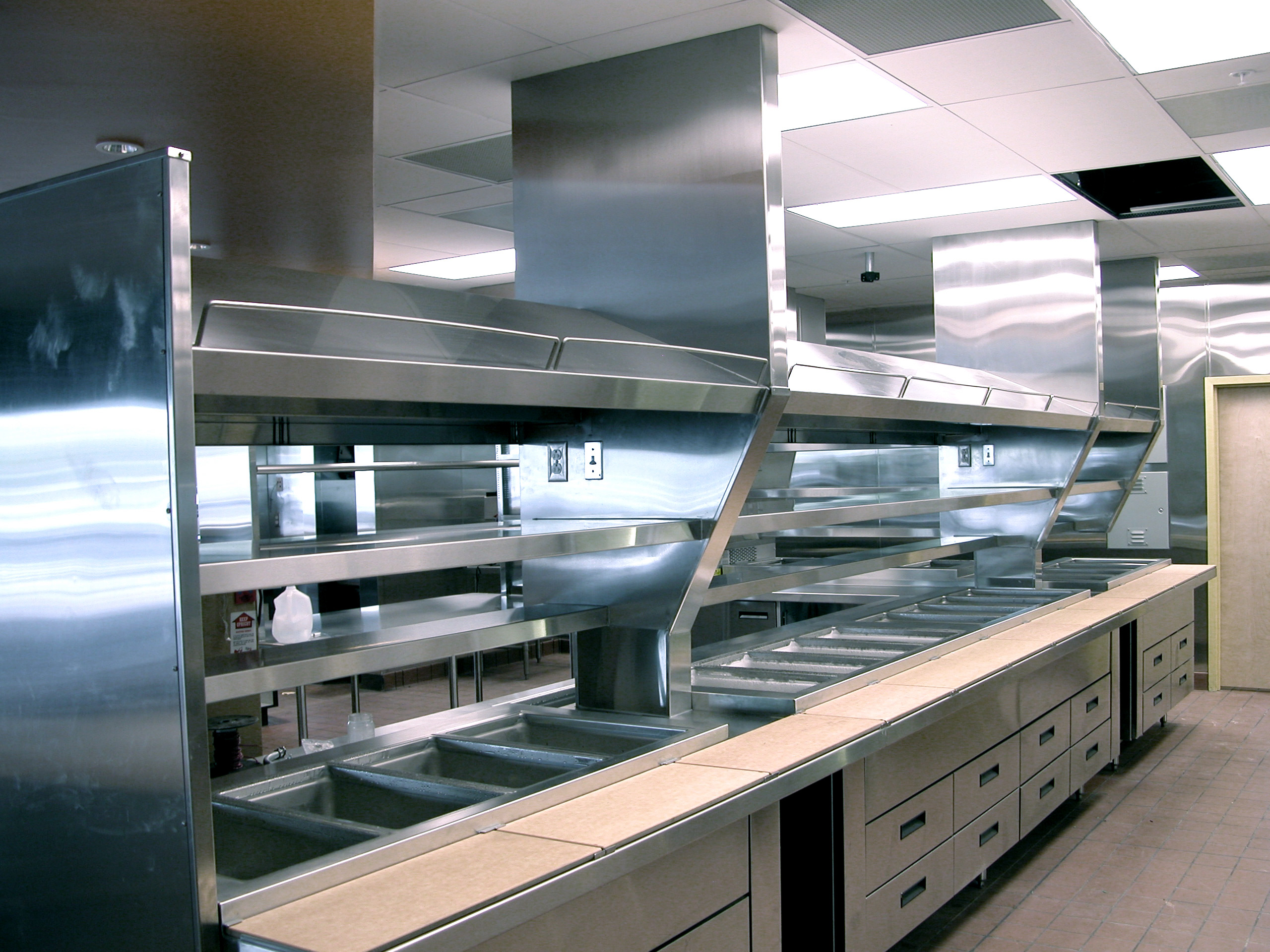 Retired navy officer starts temporary kitchen company to for Best industrial design companies